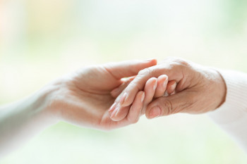 7 Tips to Help Choose a Caregiver